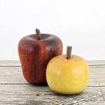 wood-apple-on-lathe